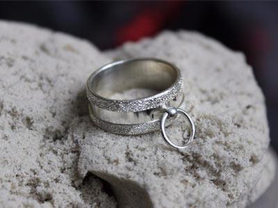Кольцо «Ring of O» серебряное с текстурой