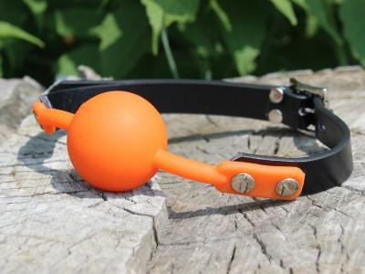 Кляп силиконовый оранжевый