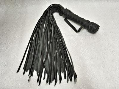 Флоггер 80 хвостов черный кожа растительного дубления