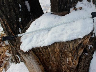 Стек плетеный белый с черным 60 см